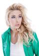Blick einer attraktiven Blonden Frau - Gesicht isoliert