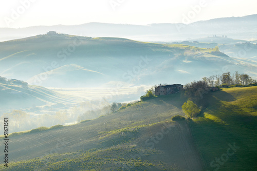 Tuscany hills © ZoomTeam