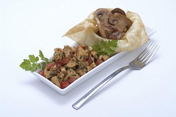 bocconcini di pollo al curry e funghi trifolati