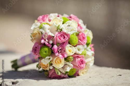Papiers peints Hortensia Beautiful wedding bouquet of fresh pink roses bridal flowers