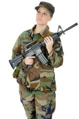 Junge Soldatin mit Sturmgewehr