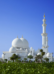 Beautiful scenery Sheikh Zayed Mosque in Abu Dhabi city, UAE