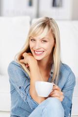 entspannung bei einer tasse kaffee