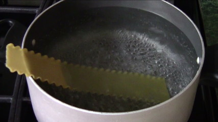 Adding Lasagna Noodles to Boiling Water