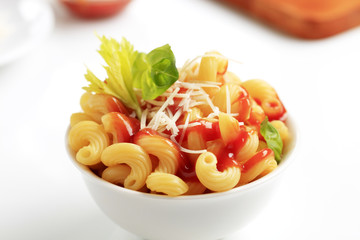 Macaroni with,tomato sauce and cheese