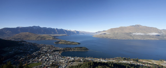 Beautiful scenery of the Wakatipu lake Queenstown New Zealand