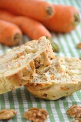 Karotten Walnuss Brot