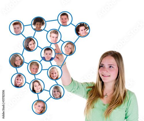 Teenager in sozialem Netzwerk