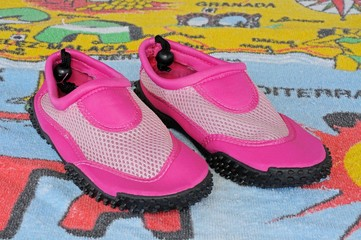 Pink beach shoes © Arena Photo UK