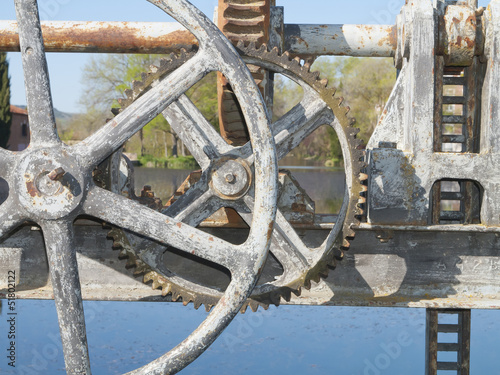 cranks and pulleys
