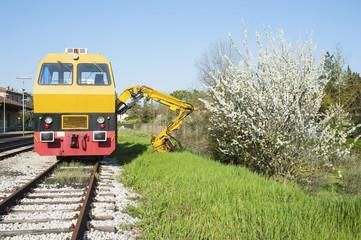 Carving railway machine