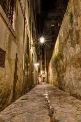 narrow alley in Tuscany