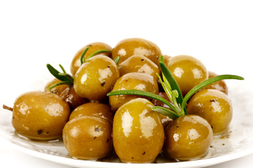 Olive verdi al rosmarino