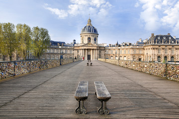 Paris Pont des arts Institut de France
