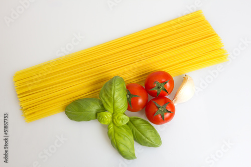 Spaghetti basil tomato and garlic