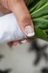 Alternativer Nagelschmuck für die rockige Braut
