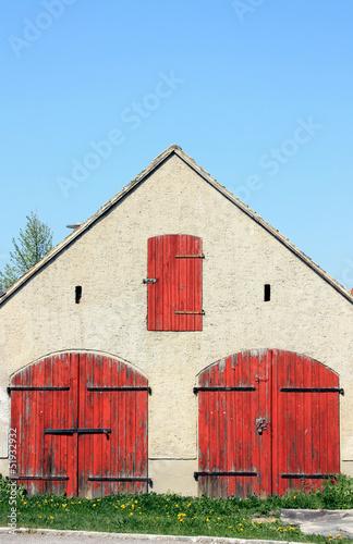Leinwandbild Motiv Alter Feuerwehrschuppen in Rehbach bei Leipzig