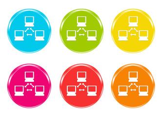 Iconos de una red de ordenadores en varios colores