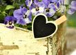Blumenkasten mit Herz-Klammer