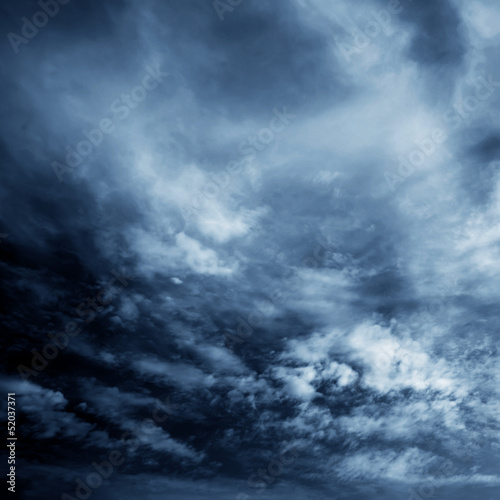 Dark clouds - 52037371