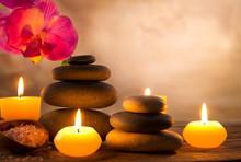 Spa martwa natura z aromatycznych świec