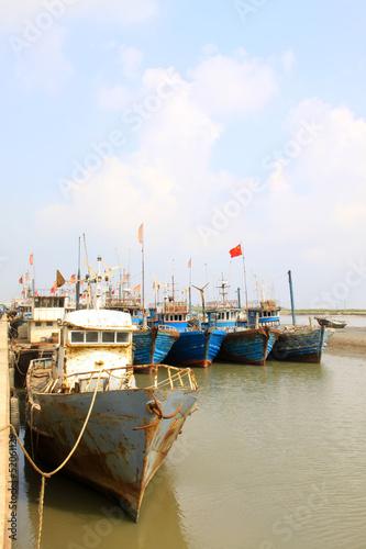 quay ships