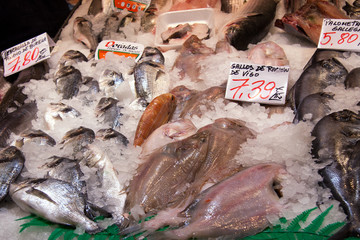 Spanish fishmonger stall  at  Mercado de Maravillas, Madrid