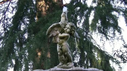 Statua con fontana