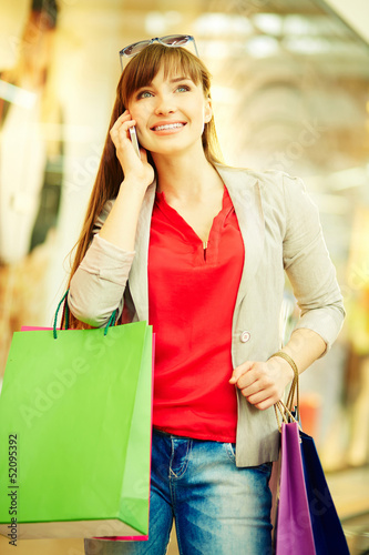 Shopper phoning