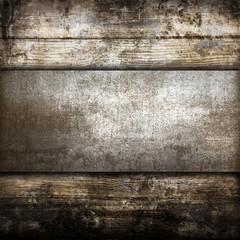 piastra metallica su fondo legno