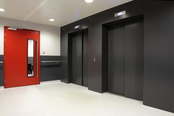 ascenseurs d'hôpital