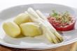 white asparagus with potato and tomato