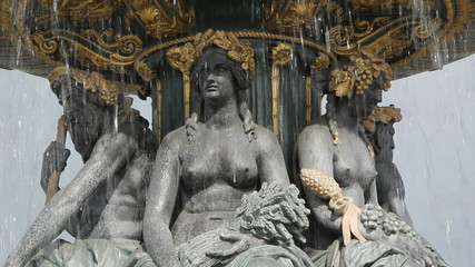 Fontaines de la Concord. Three shots. Paris.