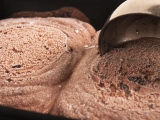 Helado chocolate bote