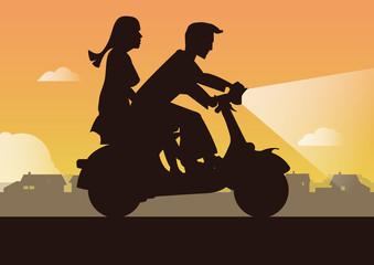 Motorrad mit Mann und Frau
