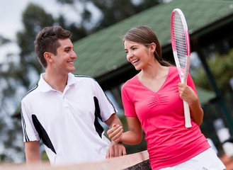 Couple at the tennis court