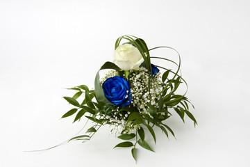 Blumengesteck mit blauer Rose