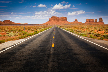 Approaching Monument Valley on Highway 163