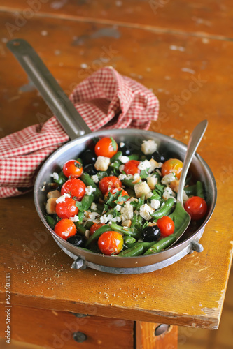 Warm salad with french beans, cherry tomatoes