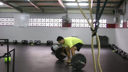 squat snatch crossfit exercise