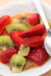 Coupe de fruits Frais - Fraises Kiwi  Jus d'orange