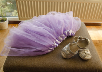 lilac skirt silk ribbon small gray sandals