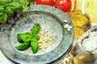 Pesto Zutaten Italien Vintage Style