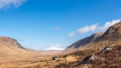 Wolken in Schottlands Highlands