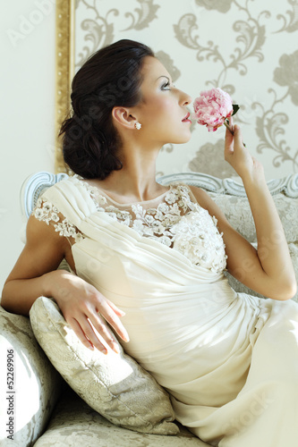 Beautiful bride luxury interior, vintage glamour style