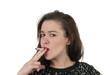 junge Frau raucht
