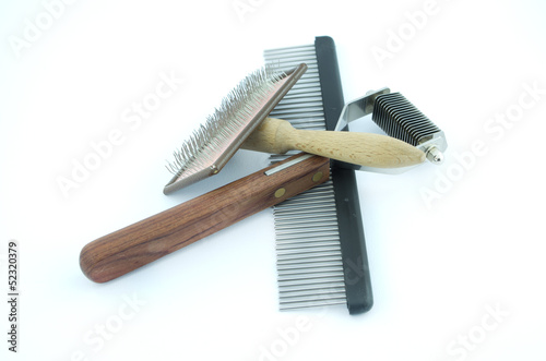 grooming and trimming equipment