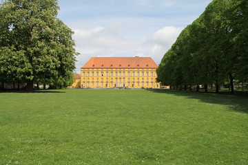 Das Schloss im Frühjahr
