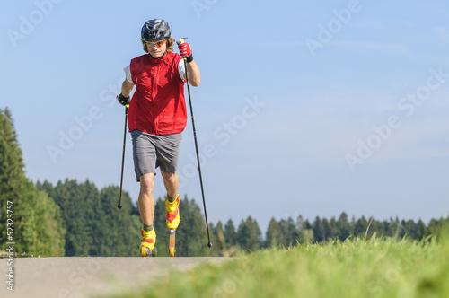 Langlaufen mit Skirollern