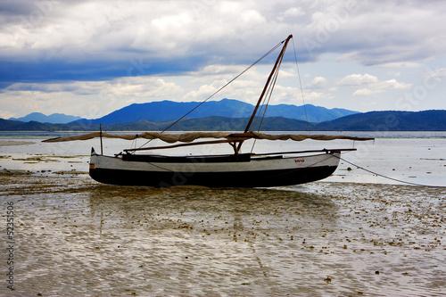 лодка хил
